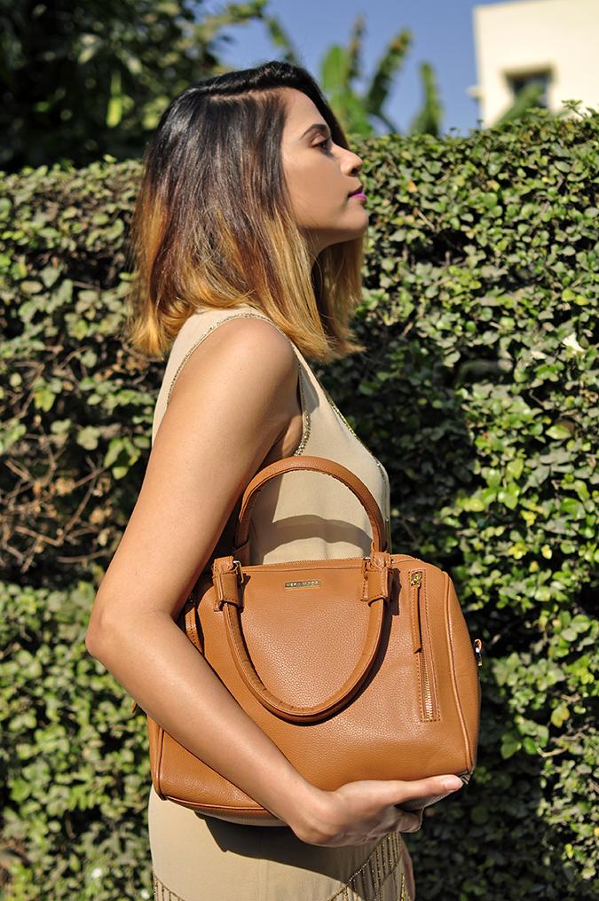 Vero Moda Marquee | Akanksha Redhu | half side holding bag