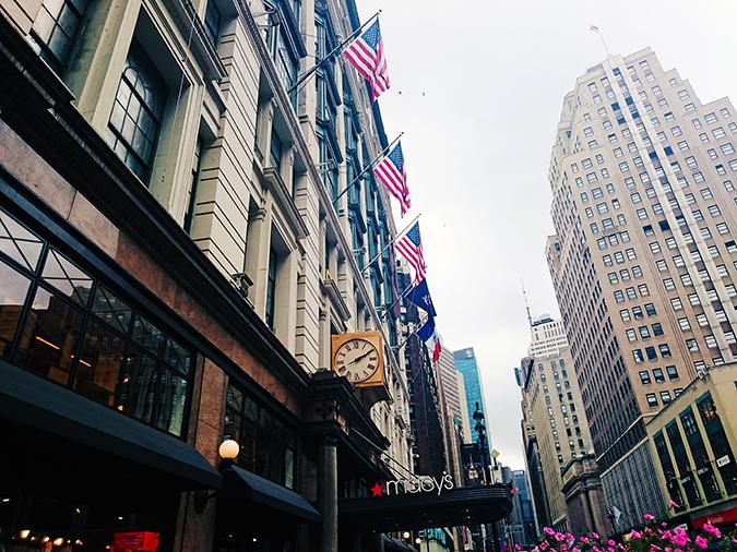 New York | Akanksha Redhu | #RedhuxNYC | macys with clock