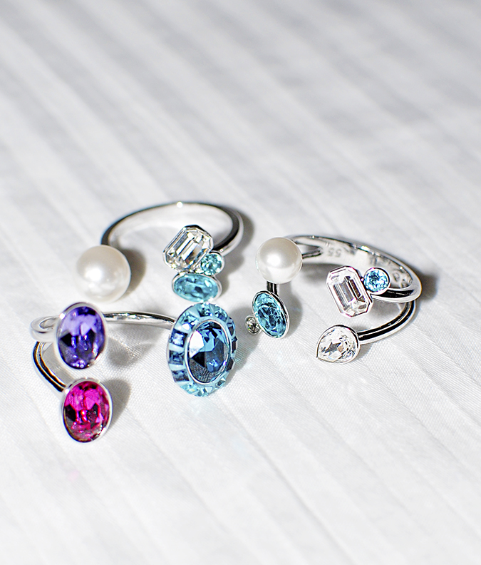 Sea of Sparkle - Swarovski | Akanksha Redhu | rings flash