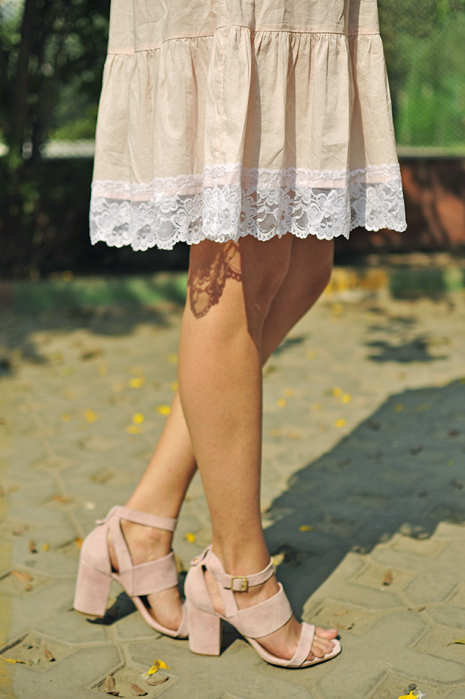 Pale Blushes | Sbuys | Akanksha Redhu | lace heels