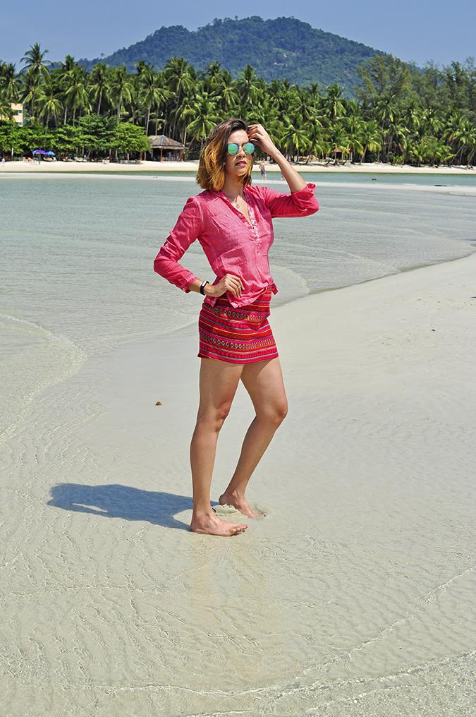 Coconut Beach   Koh Samui   Akanksha Redhu   #RedhuxKohSamui   full front hill at back arm up