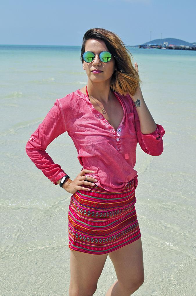 Coconut Beach   Koh Samui   Akanksha Redhu   #RedhuxKohSamui   half side sea arm on waist