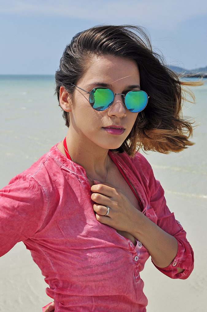 Coconut Beach | Koh Samui | Akanksha Redhu | #RedhuxKohSamui | half front sea ring visible