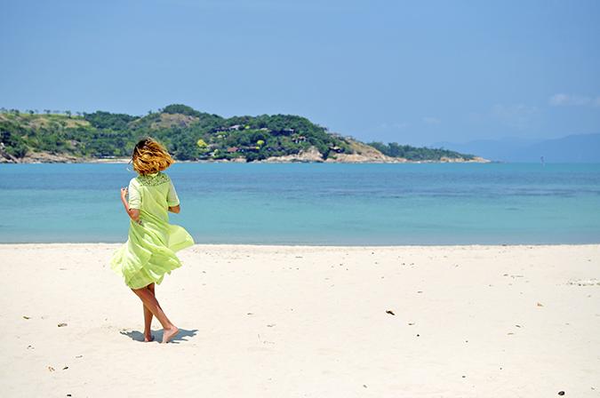 Chichouse | Choeng Mon Beach | Koh Samui | Akanksha Redhu | twirl wide