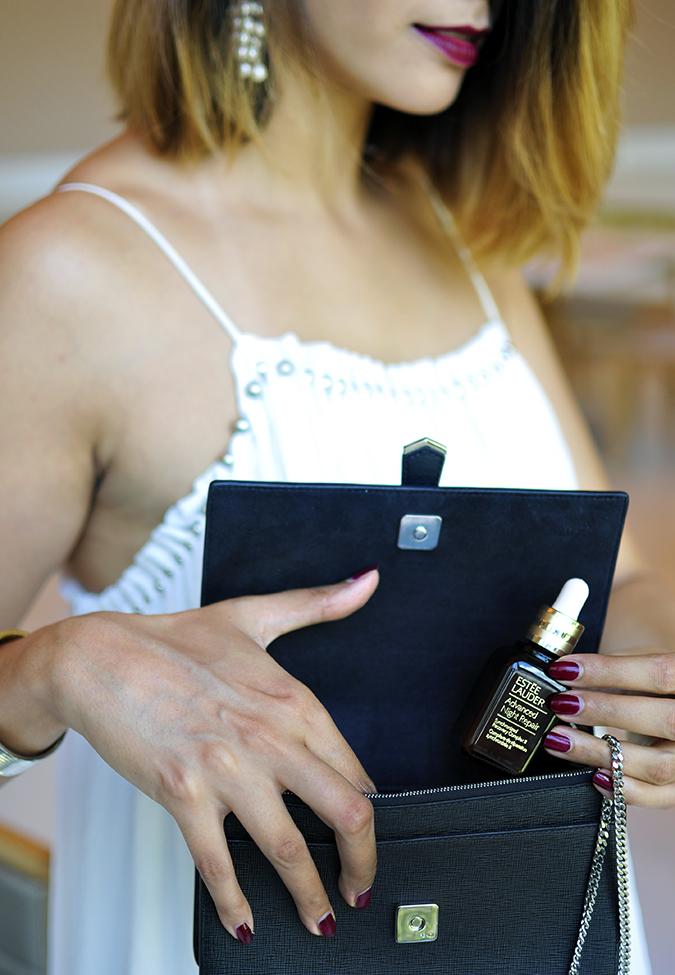 Estée Lauder | Akanksha Redhu | taking serum out of bag