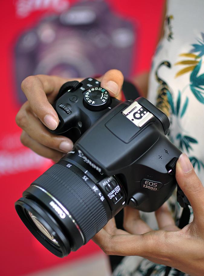 Canon EOS 1300D | Akanksha Redhu | #ReadyWithEOS1300D | top of camera dress print