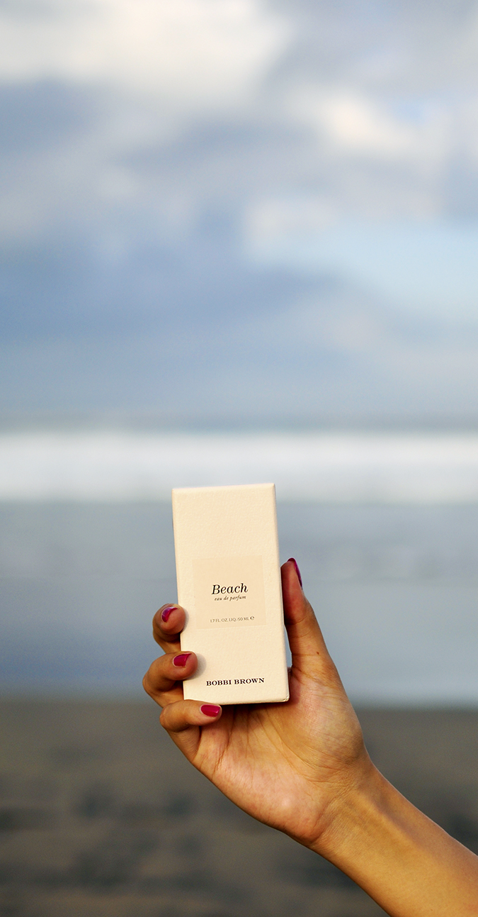 Bali Beauty Guide | Akanksha Redhu | parfum in case hand