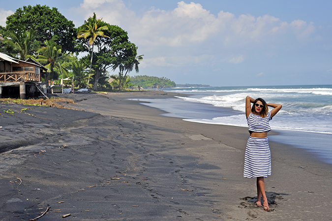 Soka Beach Bali | Akanksha Redhu | full front wide balian