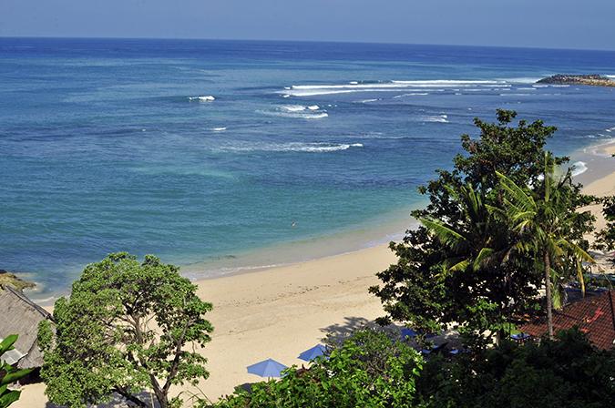 Nikkos Beach   Bali   Akanksha Redhu   wide uptop camera
