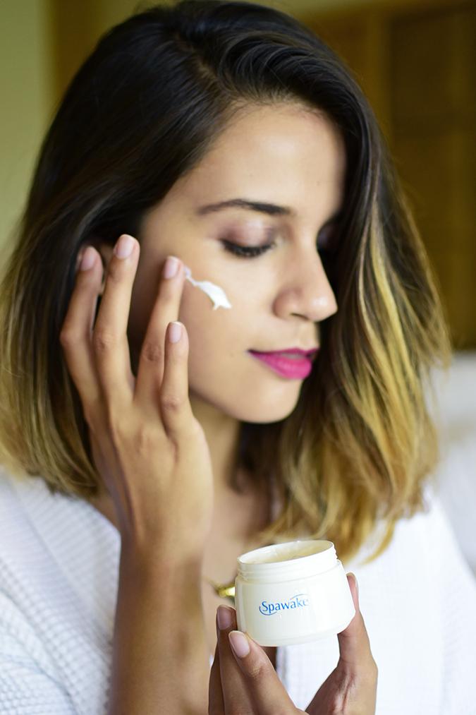 Spawake Whitening Regime   Akanksha Redhu   applying cream long