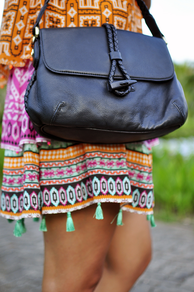 Nusa Dua | Bali | Akanksha Redhu | half side bottom bag