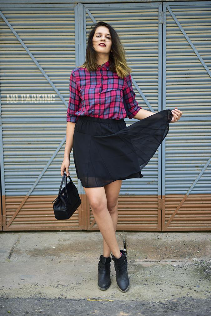 Sbuys | Akanksha Redhu | full front skirt flip2