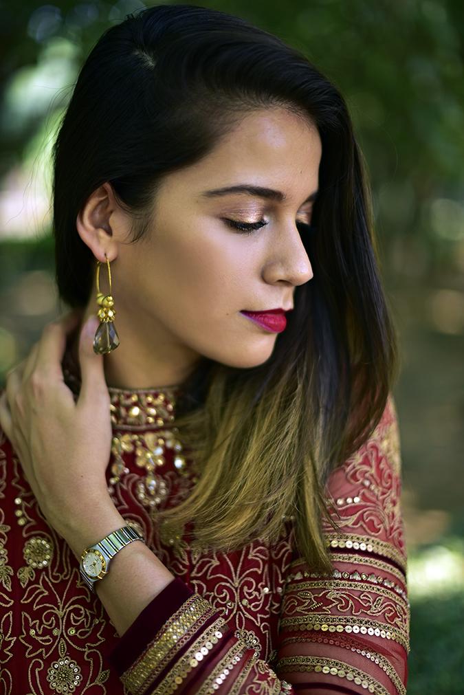 Tarun Tahiliani | Akanksha Redhu | face eyelids glow