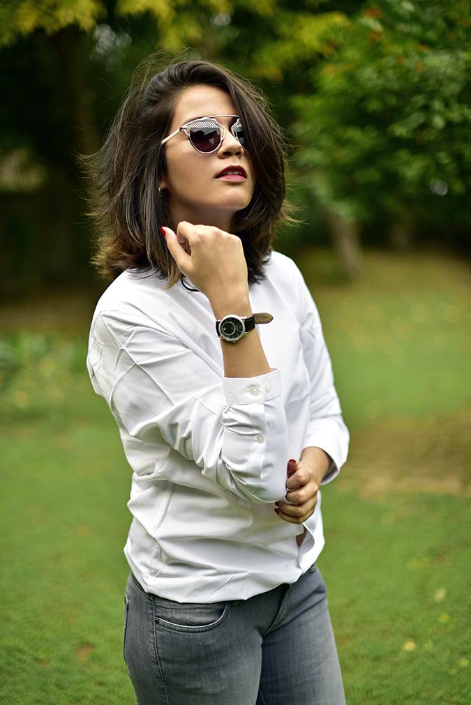 Amazon International Exclusive Watches   Akanksha Redhu   half side showing watch
