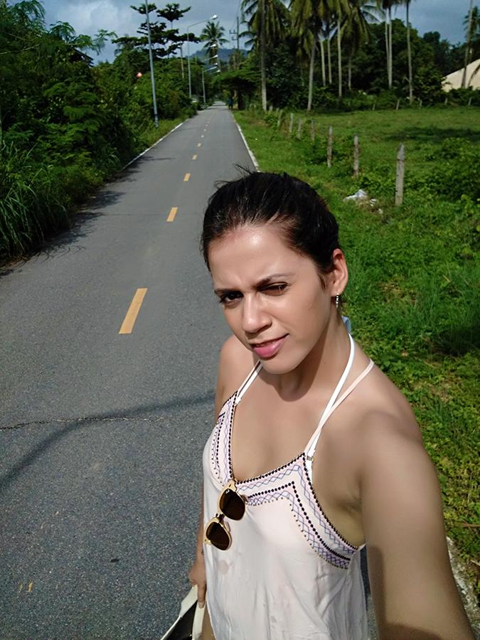 Baan Mai Khao | Phuket | Akanksha Redhu | seven eleven walk selfie
