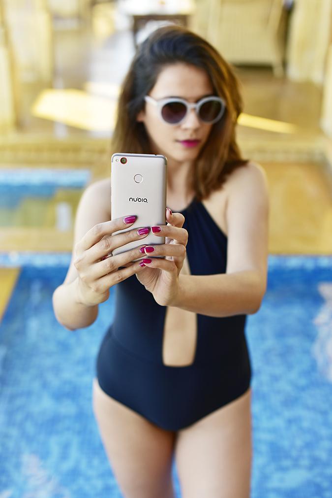 Nubia Z11 miniS | Akanksha Redhu | pool selfie