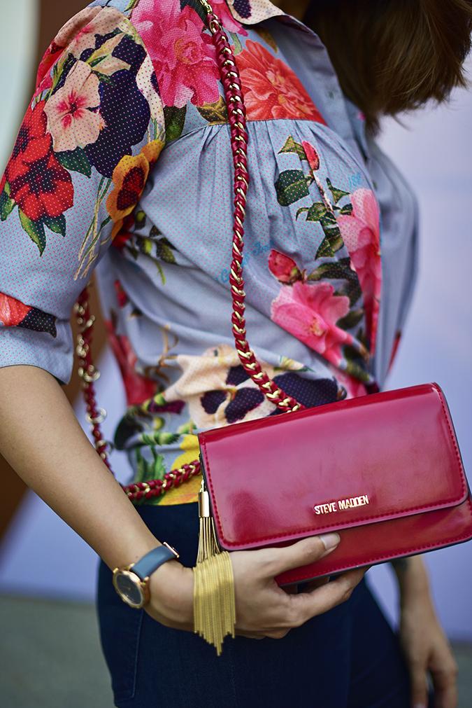 Amazon India Fashion Week | Akanksha Redhu | half side bag no head