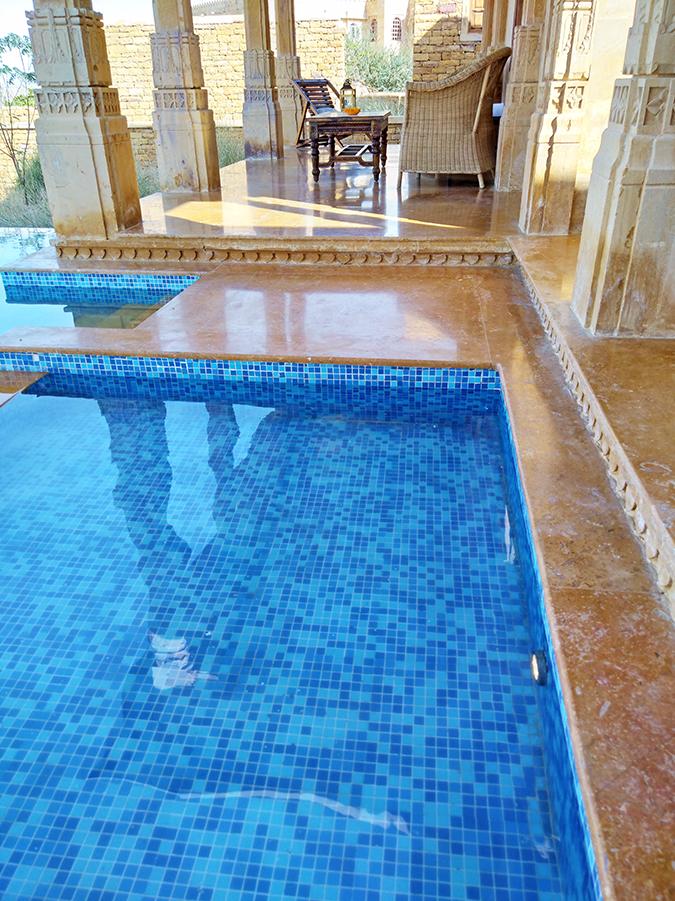 Nubia Z11 miniS   Akanksha Redhu   pic of pool