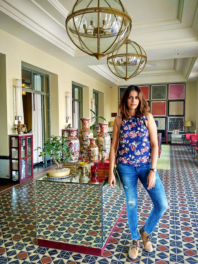 Narendra Bhawan | Akanksha Redhu | full front jeans lobby