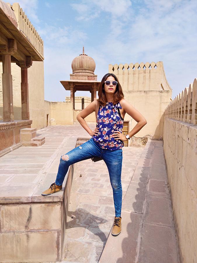 Nubia Z11 miniS | Akanksha Redhu | full front explore jaisalmer