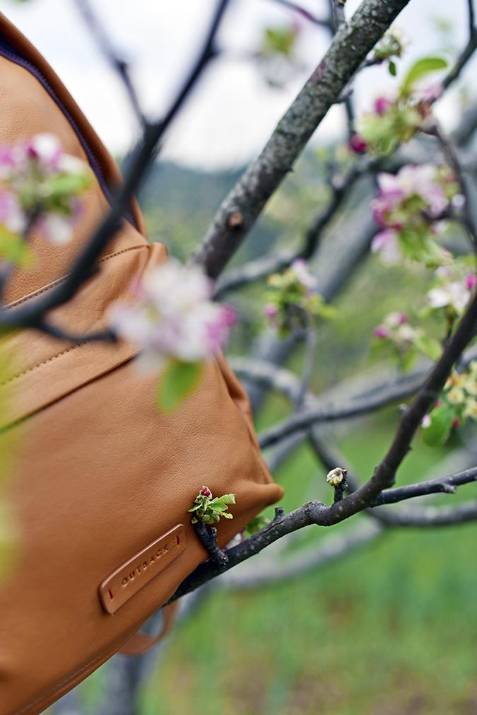 Outback | Akanksha Redhu | blossom half bag