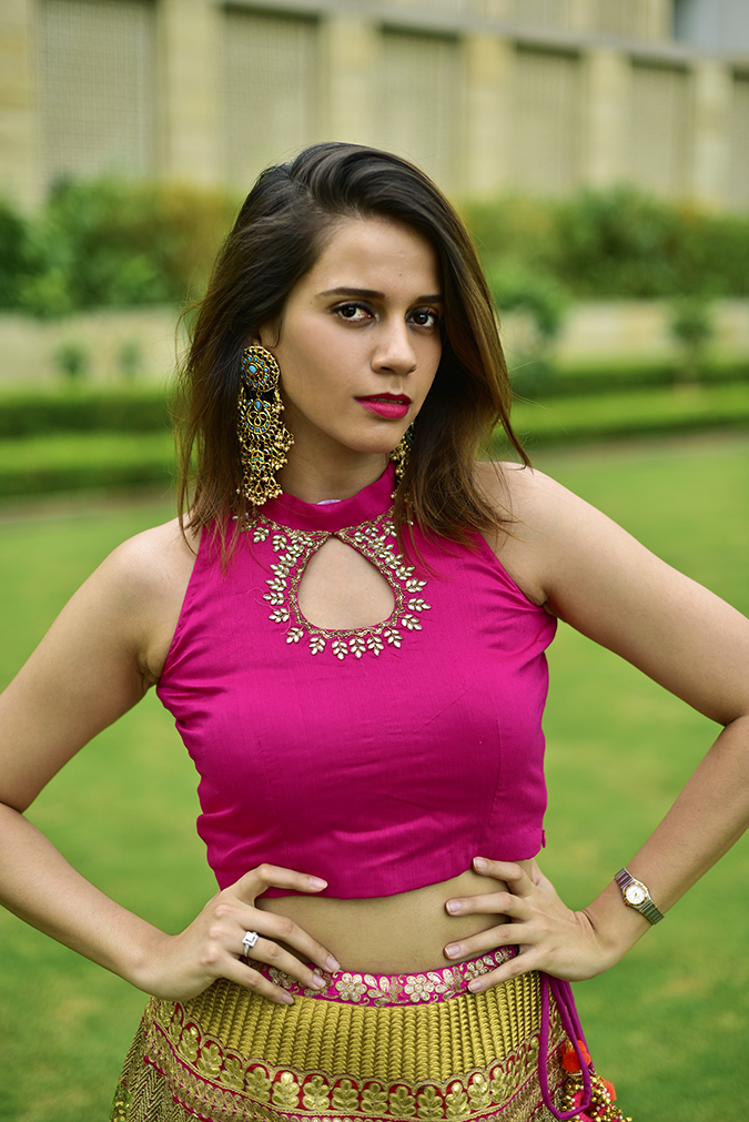 Fashion Capsule | Akanksha Redhu | half front arms on waist