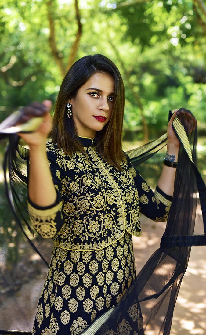 Soch | Akanksha Redhu | half front dupatta twirl