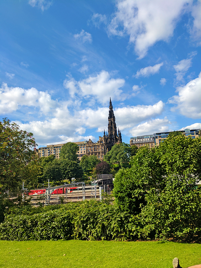 Edinburgh | Akanksha Redhu | view of black church from station park