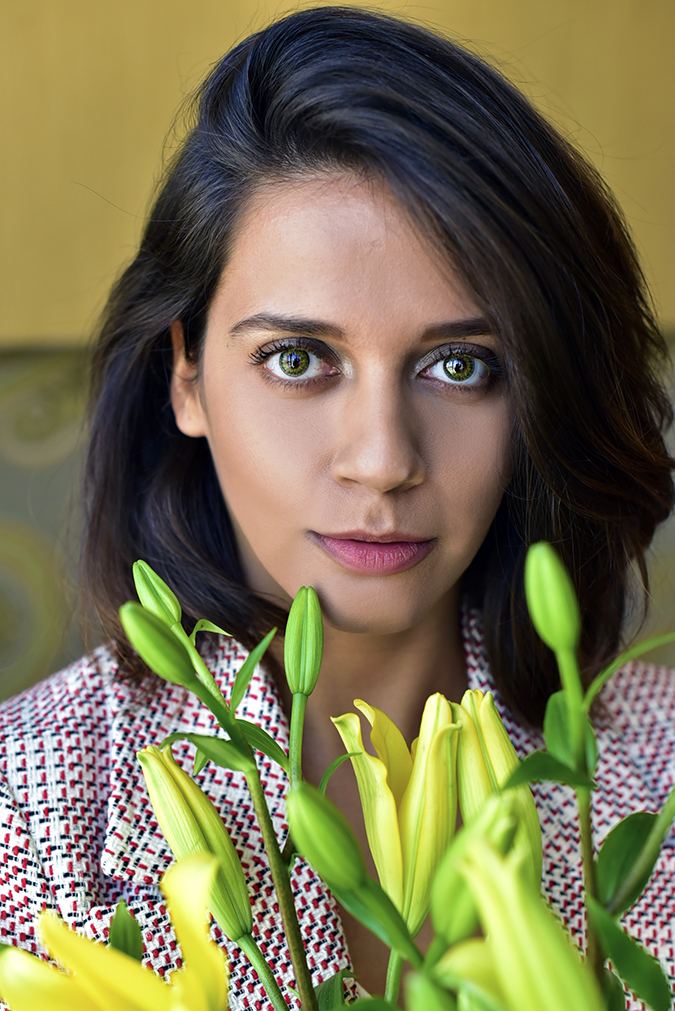 #VDayFreshlook | Akanksha Redhu | green closest with flowers