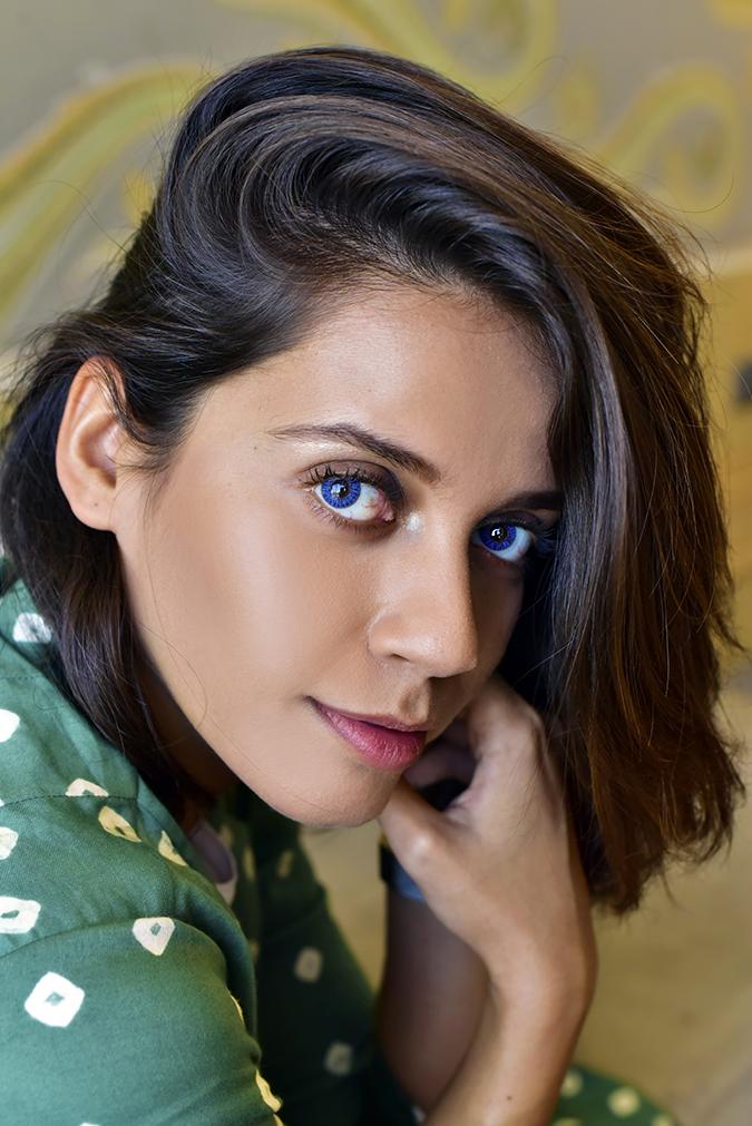 #VDayFreshlook | Akanksha Redhu | blue closest side face