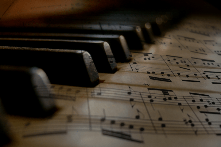 Become a Better Pianist with These 5 Simple Tools