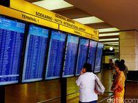 61 Penumpang MH725 Diturunkan di Terminal 2D Bandara Soetta