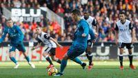 Ronaldo Dua Gol, Madrid Libas Valencia 4-1