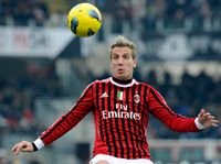 CESENA, ITALY - FEBRUARY 19:  Maxi Lopez of AC Milan looks to control the ball during the Serie A match between AC Cesena and AC Milan at Dino Manuzzi Stadium on February 19, 2012 in Cesena, Italy.  (Photo by Claudio Villa/Getty Images)