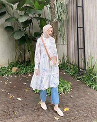 Tunik bisa dipadukan dengan jeans supaya lebih sopan/instagram.com/bahjatina