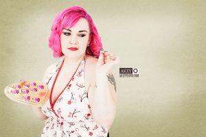 Heather Kemp - Pinup 3118 - by Ray Akey