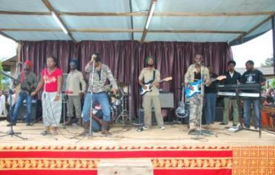 Lion Story (www.akeza.net)