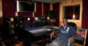 Amiral Krazzi Bright,dans le ''Future Roc-House Records'' (www.akeza.net)