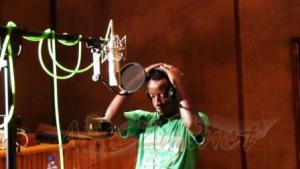 Shazi Harera au Tanganyika Studio lors de l4enregistrement de Tabia Njema -www.akeza.net-