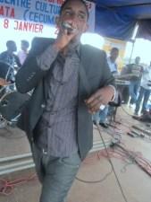 Yoya au concert en mémoire de JC Matata à Kinama (www.akeza.net)