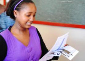 Lydia KANEZA, Lauréate du Prix MILEAD 2012 (www.akeza.net)