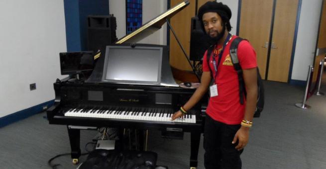 Romeo Sikubwabo à la Duke Ellington School , USA (www.akeza.net)