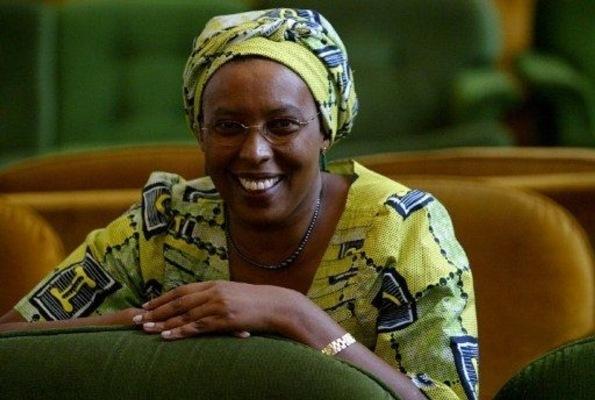 """À l'occasion de la journée internationale du droit des femmes, les internautes de Jeune Afrique ont élu Marguerite Barankitse """"Africaine de l'année"""" (www.akeza.net)"""