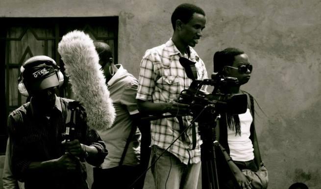 Interview avec le cinéaste Eddy Munyaneza (www.akeza.net)