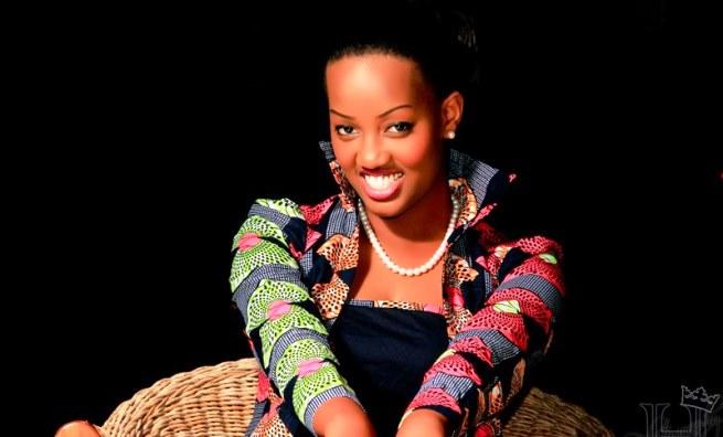 Visitez le nouveau site web de la styliste Cynthia Munwangari (www.akeza.net)