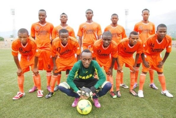 Le club Flambeau de l`est(www.akeza.net)