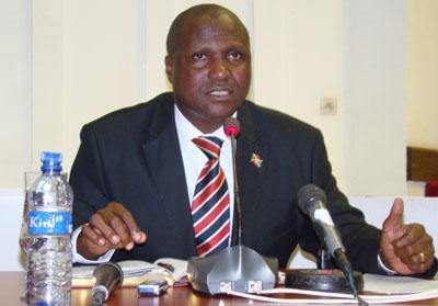 Hon. Moise Bucumi, président du club Flambeau de l'Est