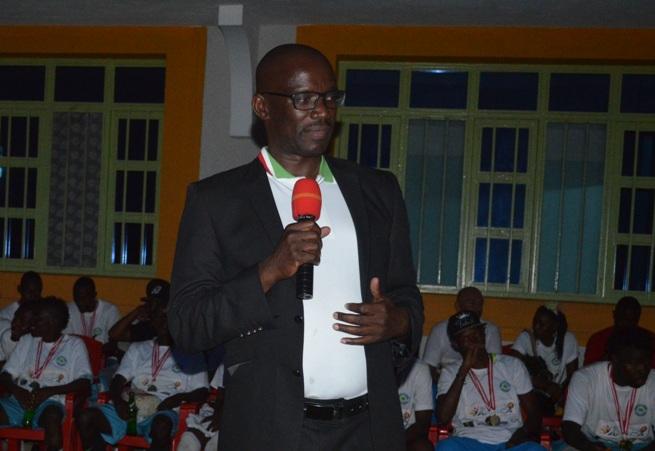 Reverien Ndikuriyo , Président de la FFB ©Akeza.net