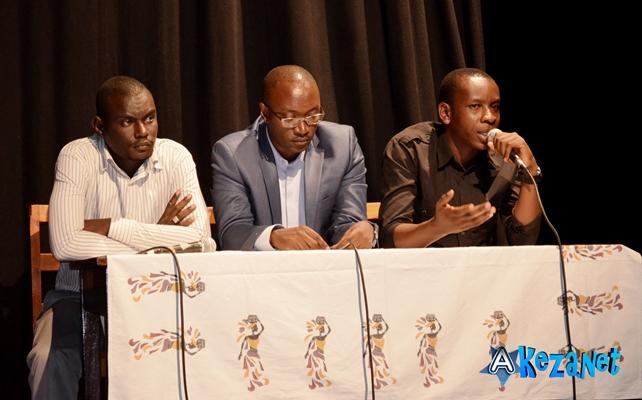 De G à D : Olivier I. , producteur du film , Dieudonné N. de New Generation et Joseph N. , réalisateur du film ©Akeza.net