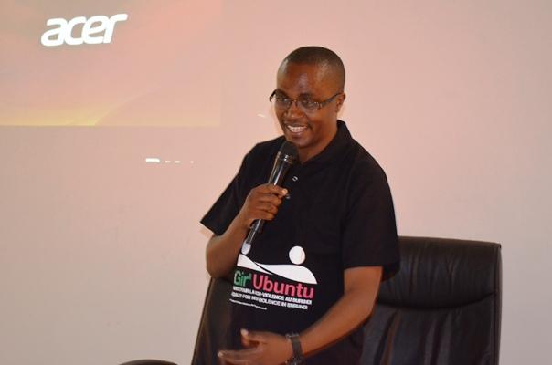 Onesphore Manirakiza, orateur du jour ©Akeza.net